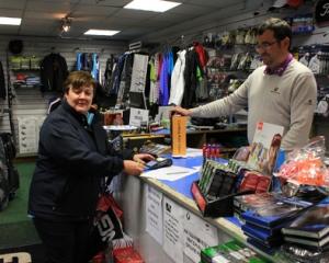 Pro-Shop of Walton: A prettier site than the course today!